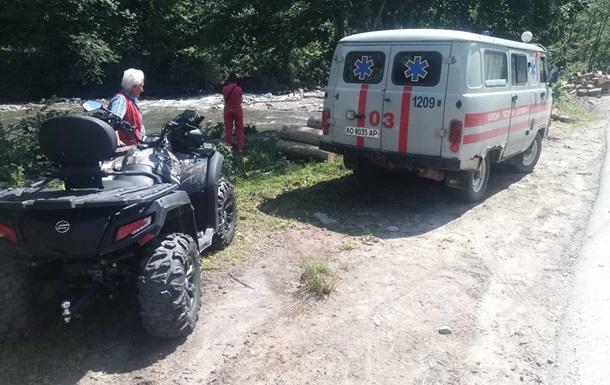 У Карпатах евакуювали туристів з отруєнням