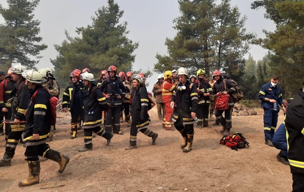 Українські пожежники в Греції загасили дві пожежі