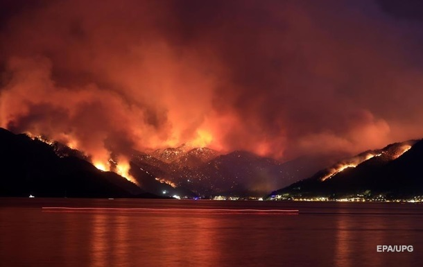 Лісові пожежі в Туреччині: загашені всі великі вогнища