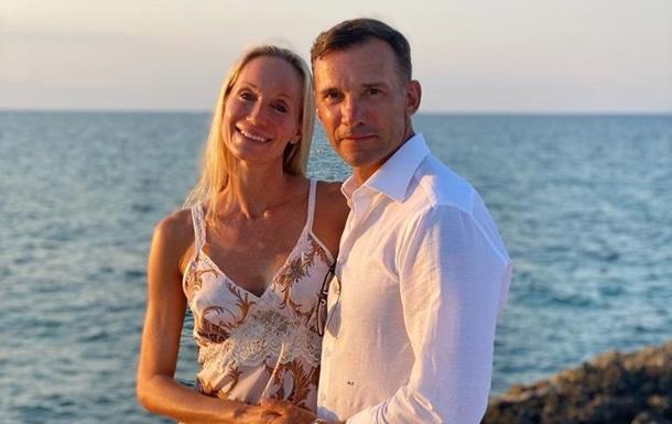 Андрей Шевченко трогательно поздравил супругу