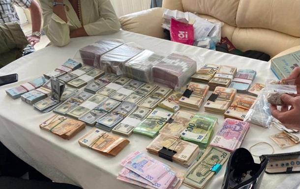 Компанію-постачальника російських міндобрив підозрюють у несплаті податків