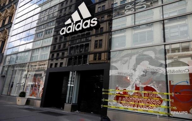 Adidas заключил сделку по продаже Reebok