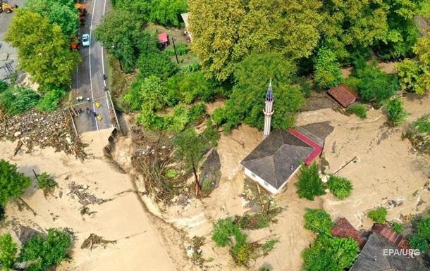 В Турции растет количество жертв наводнения