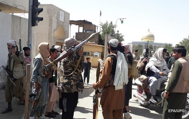 Виведення військ США з Афганістану є помилкою - глава Міноборони Британії