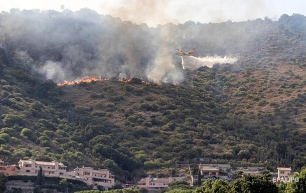 У передмістях Рима евакуюють людей через лісові пожежі