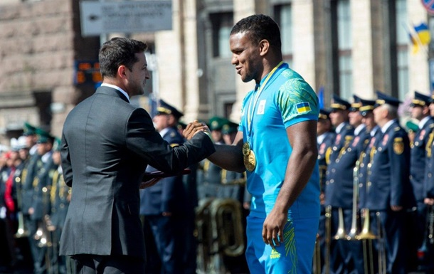 Зеленський назвав Беленюка гідним сином України