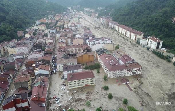 Жертвами повені в Туреччині стали вже 38 осіб