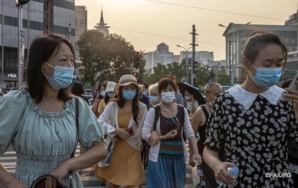 Китай прищепив від COVID більше половини населення
