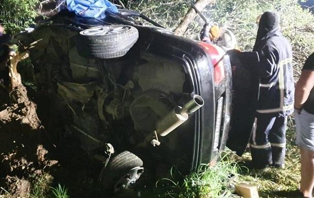 На Прикарпатті в ДТП загинули дві людини