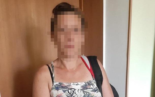 У київському кафе жінка відбила відвідувачеві внутрішні органи