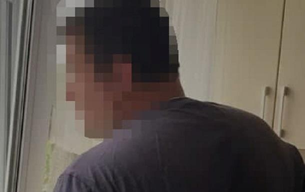 Суд виніс вирок фотографу за порно з 9-річною дівчинкою