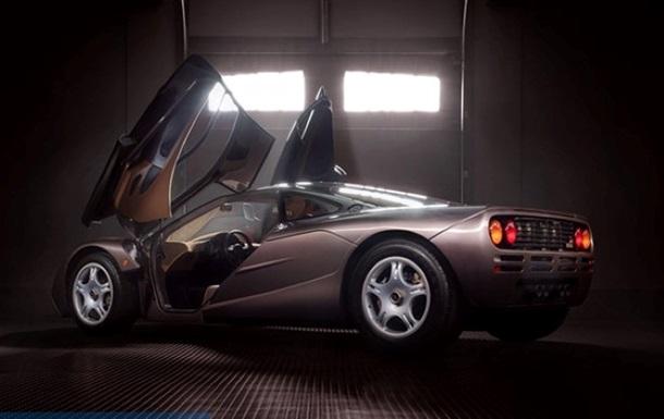 Легендарный McLaren F1 ушел с молотка за $20 млн