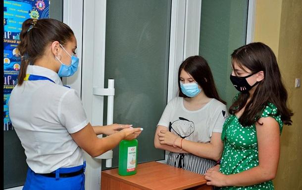 Спалах COVID у дитячому таборі Одеси: чотирьох дітей госпіталізували