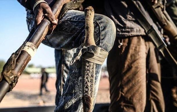 У Нігері бойовики вбили майже 40 людей під час польових робіт