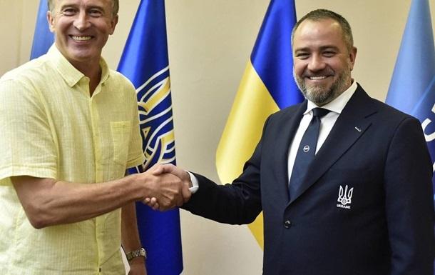 Петраков дав перше інтерв ю на посаді в.о. головного тренера збірної України