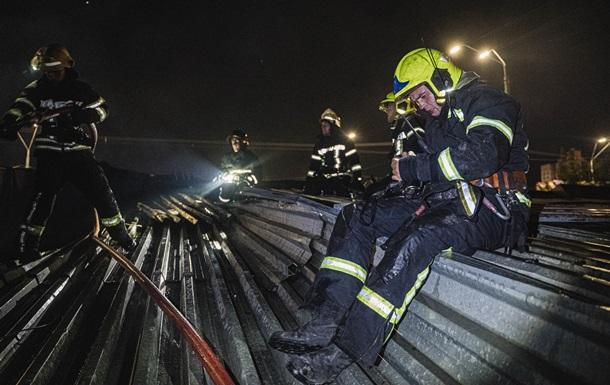 У Києві вночі горіли кіоски на ринку
