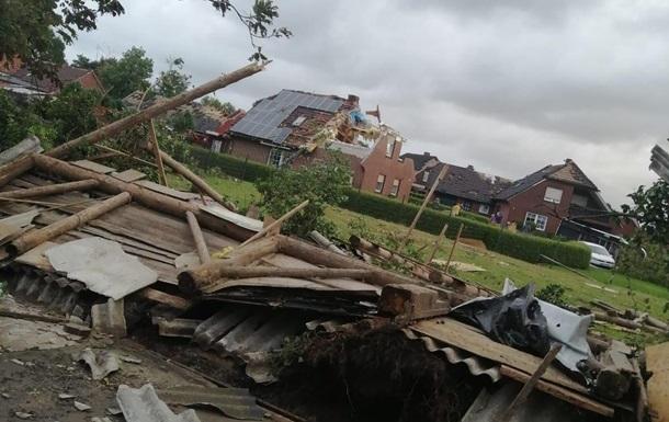 Потужний торнадо в Німеччині пошкодив десятки будинків