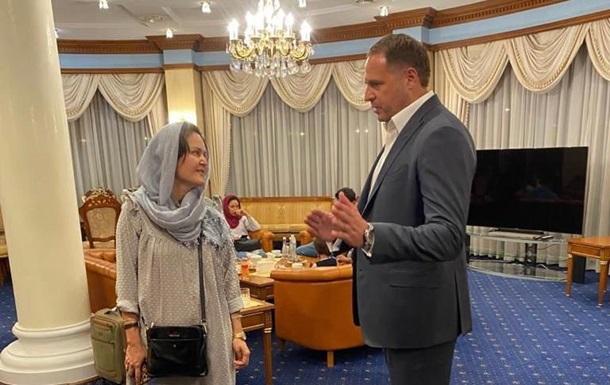 Украина эвакуировала из Кабула известную афганскую режиссерку