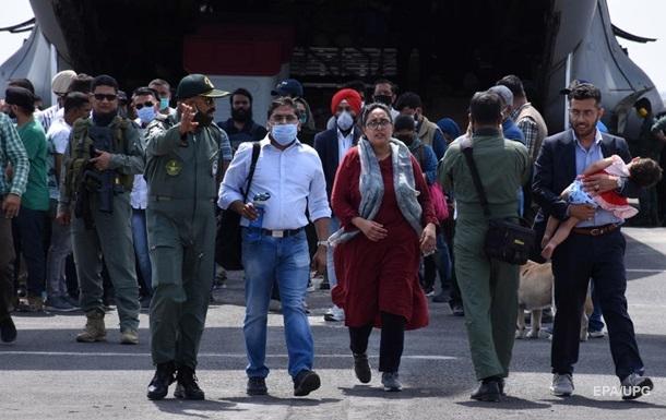 РНБО вивчає міграційну загрозу через Афганістан
