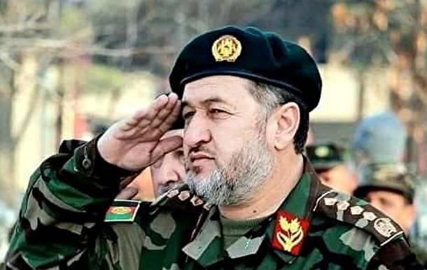 Міністр оборони Афганістану закликав Інтерпол затримати президента-втікача