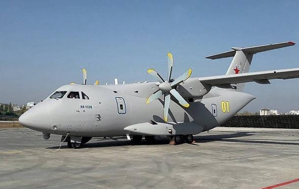 Без України не змогли. Падіння Іл-112В в Росії