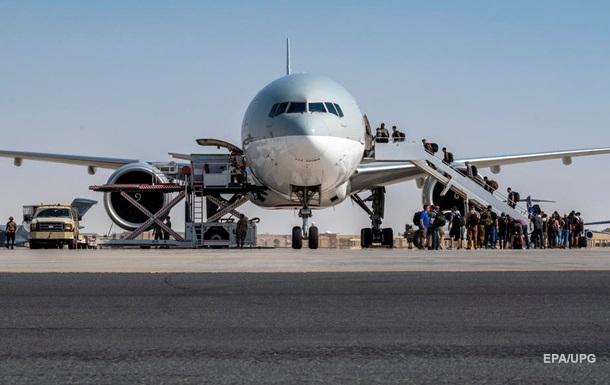 МакКензі розповів талібам, що їх чекає у разі спроби атакувати аеропорт