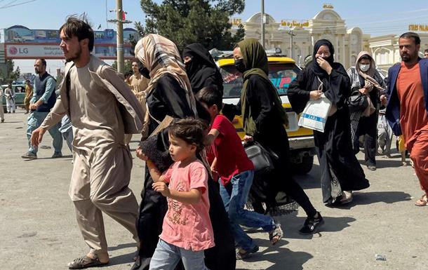 Узбекистан відмовляється приймати афганських біженців - ЗМІ