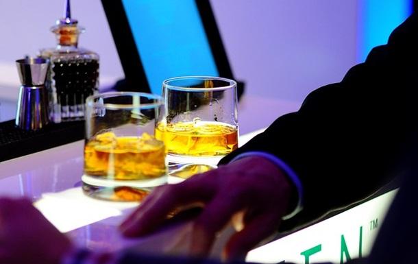 Розкрито причину нездоланного потягу до алкоголю