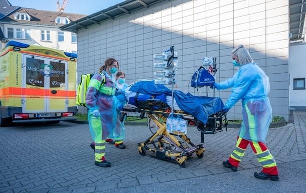 У Німеччині заявили про четверту хвилю COVID