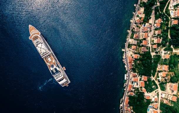 Чорногорія посилила правила в їзду у країну