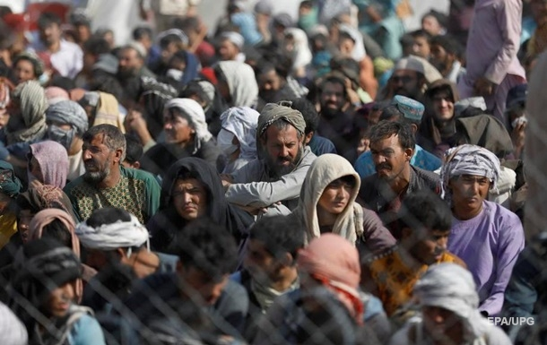 'Талибан' заблокировал доступ в аэропорт Кабула