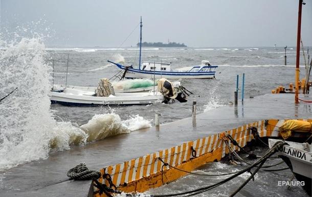 Ураган Грейс посилився біля узбережжя Мексики