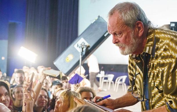 На кінофестивалі в Одесі режисер з Британії переплутав Україну і РФ