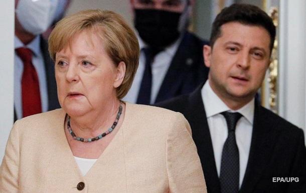 Човникова дипломатія. Підсумки візиту Меркель до Києва