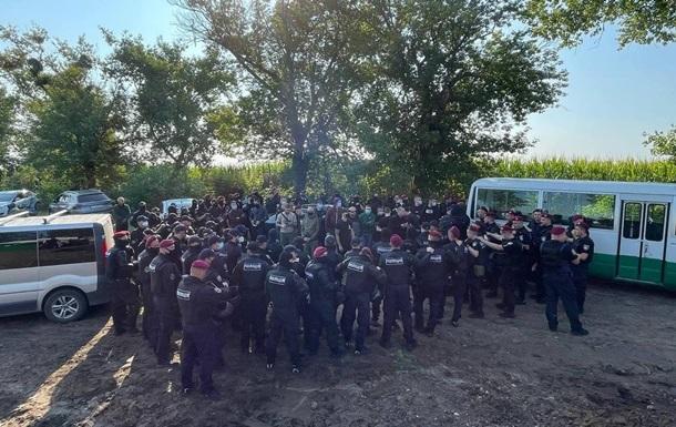 Нацкорпус намагався зірвати підняття прапора: шестеро затриманих