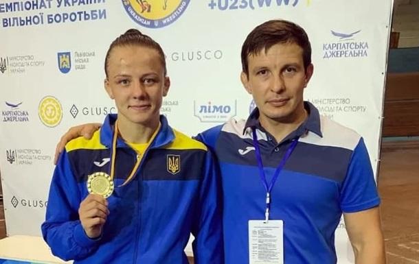 Украинской спортсменке, отдавшей свою квартиру тренеру, подарили новую