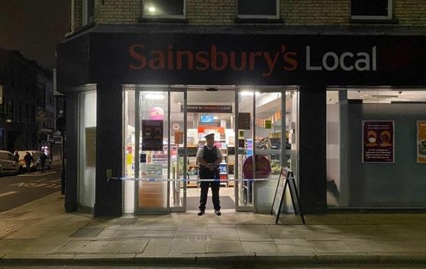 У Лондоні закрили супермаркети через чоловіка, який отруїв продукти