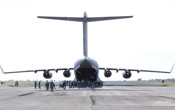 США не планують поки згортати евакуацію з Кабулу