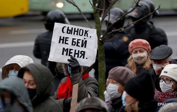 СК Білорусі відмовився відкрити справу за 680 скаргами на насильство силовиків