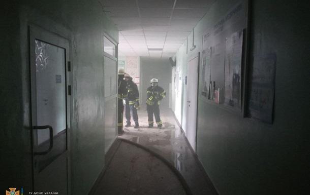 У Волновасі сталася пожежа в лікарні: евакуйовано понад сотню людей