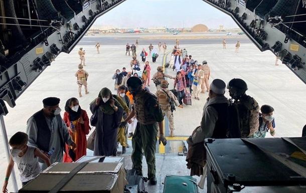Півмільйона людей можуть покинути Афганістан - ООН