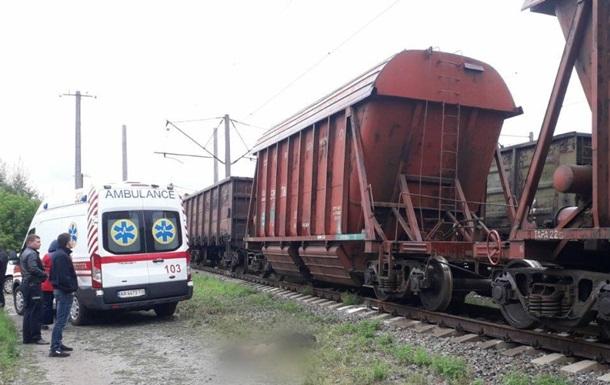 В Киевской области подростка убило током на вагоне поезда