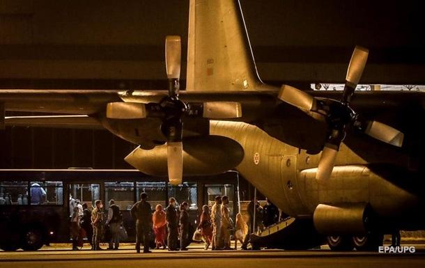 ОП: Україна евакуювала з Кабула ще 400 осіб