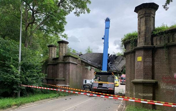У Нідерландах будівельний кран зруйнував пам ятник історії