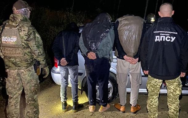 На украинско-румынской границе задержана группа нелегалов