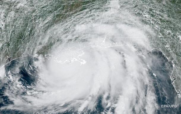 Ураган в США изменил направление течения реки Миссисипи