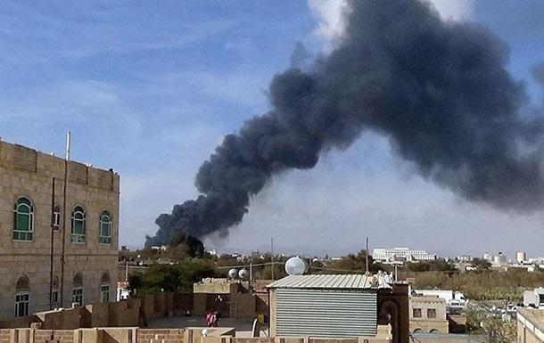 На півдні Ємену під час ракетного обстрілу загинули 40 військових