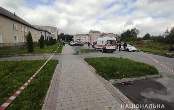 На Житомирщине мужчина убил незнакомую женщину на улице