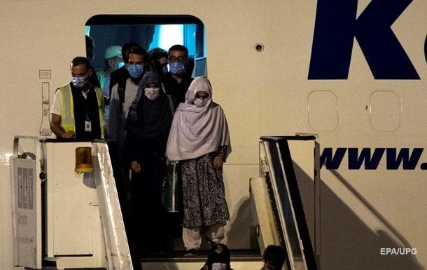 Талибан намерен судить депортированных из Европы афганцев