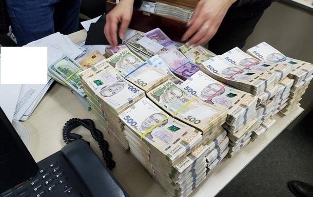 Українці тримають  в тіні  $50 млрд - нардеп